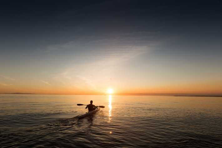 veslanje uz zalazak sunca